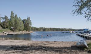 sandstrand, Töcksfors campinte & fritid, övernattning, vattensport, gästhamn, stuguthyrning